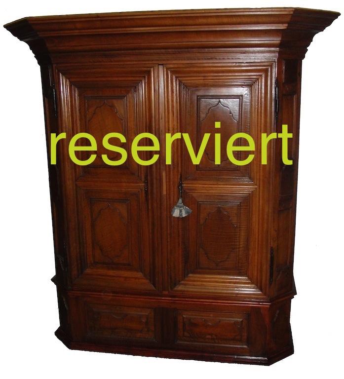 reserviert-barockschrank-engadin