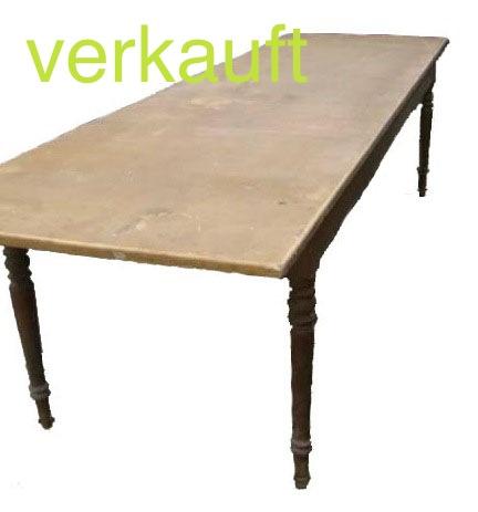 Verkauft grosser-langer-tisch-um-1890