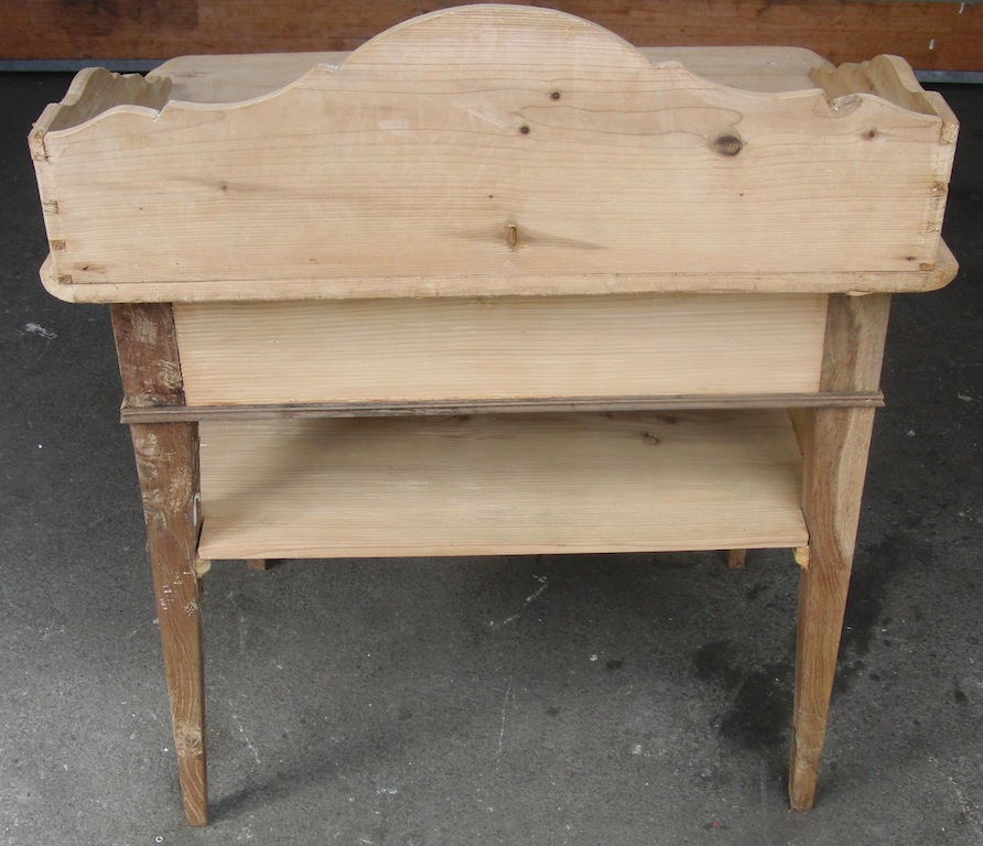 verkauft kleinerer waschtisch mit grosser schublade edeltr del antike m bel. Black Bedroom Furniture Sets. Home Design Ideas