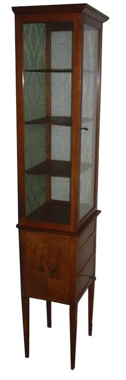 Verkauft sehr seltene sehr schmale vitrine biedermeier for Sehr schmale kommode
