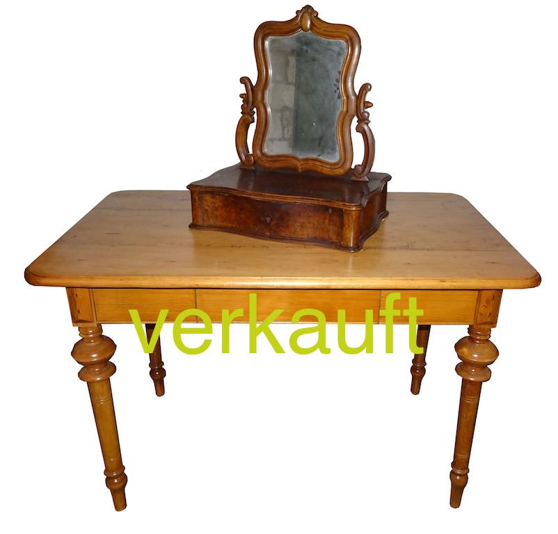 Verkauft Tisch T klein rest Säulenbeine Juni16A