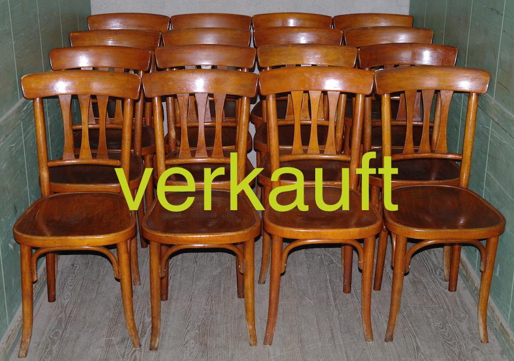 Verkauft 16 Stühle Thonet dunkel Feb15A