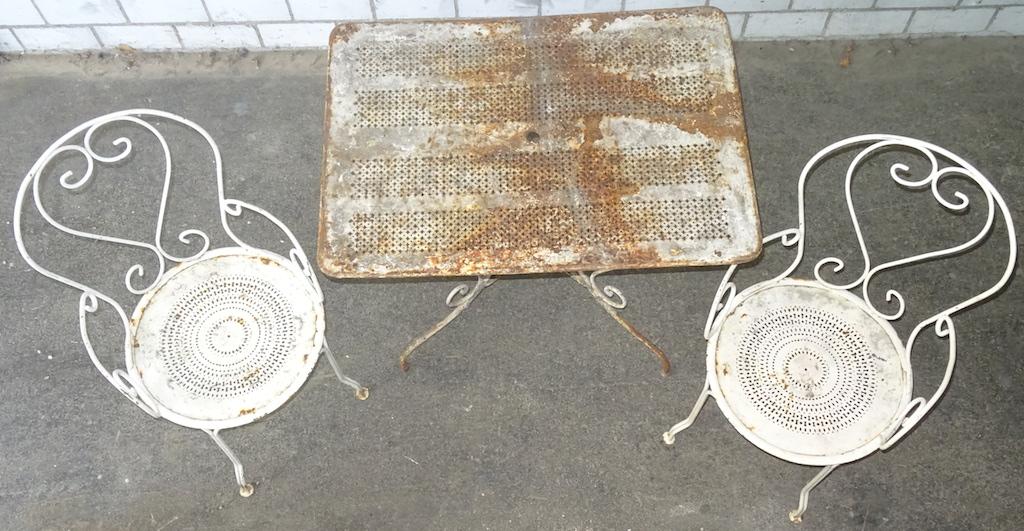 Verkauft: 2 sehr schöne antike Gartenstühle, Metall ...
