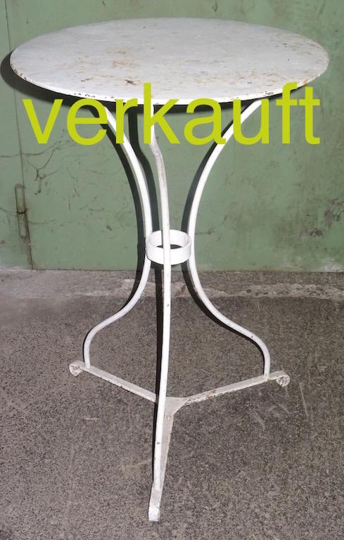 Verkauft Gartentisch weiss 40cm Okt15A