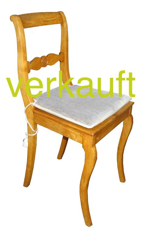 4 Stühle Bdm Kb mit Sitzkissen Juni16A Verkauft