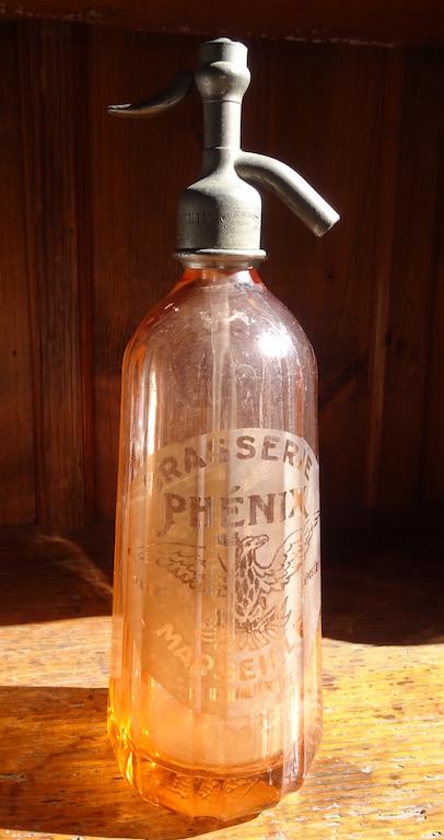 Siphonflasche rosa Sept16A