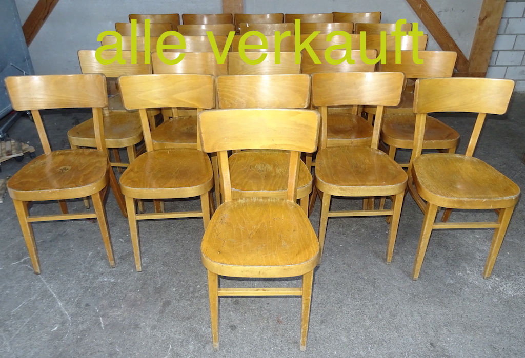 26 Bistrostühle hell Jan17A verkauft