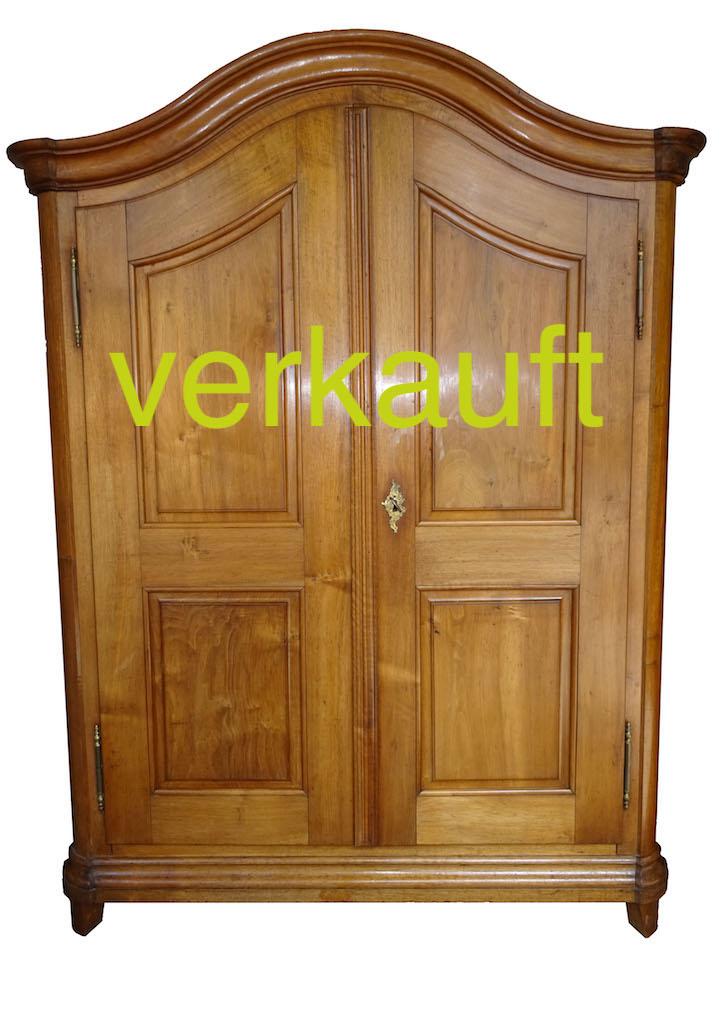 Schrank Nb geschwungen Barock Mai17A verkauft