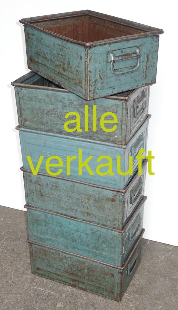 Metallkisten olive Juni17A verkauft