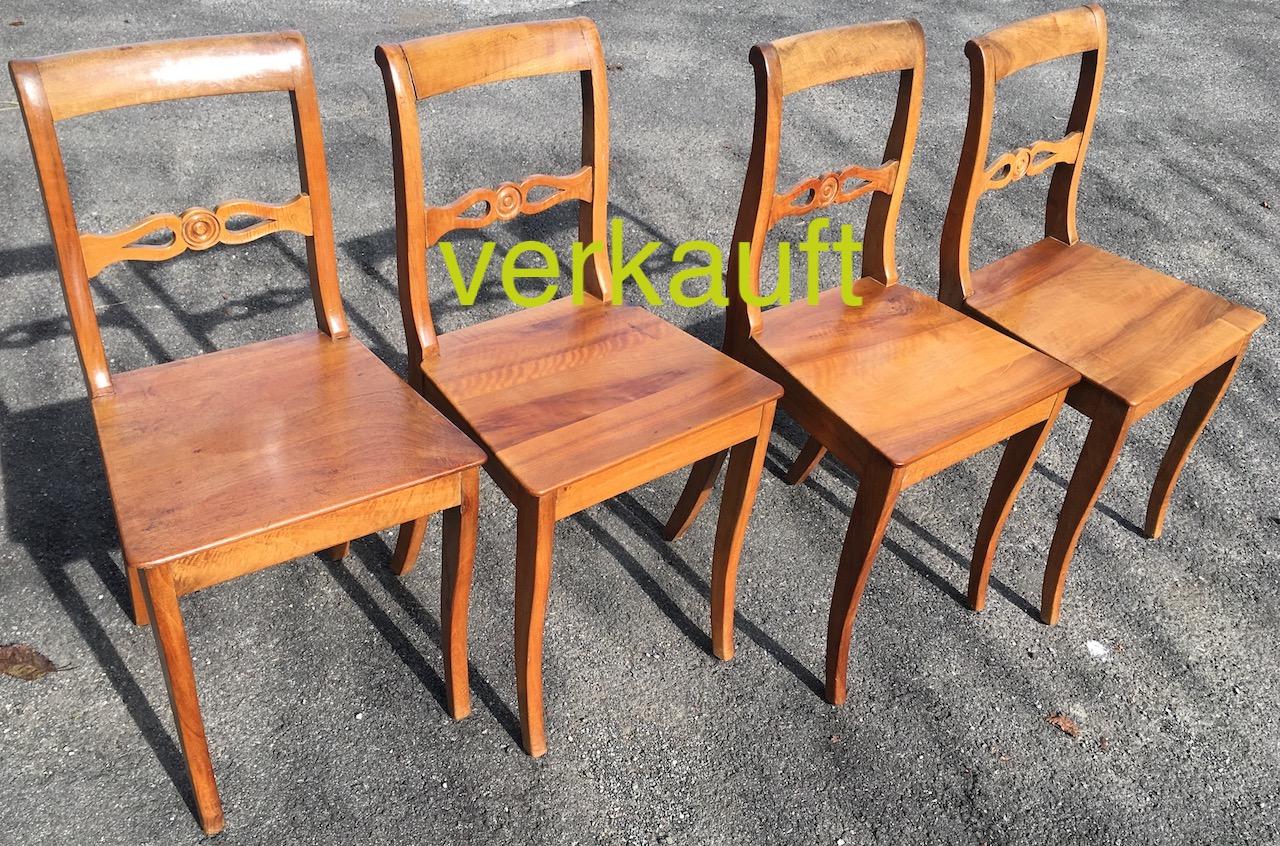 4 StühleBdmNb Sept17A verkauft