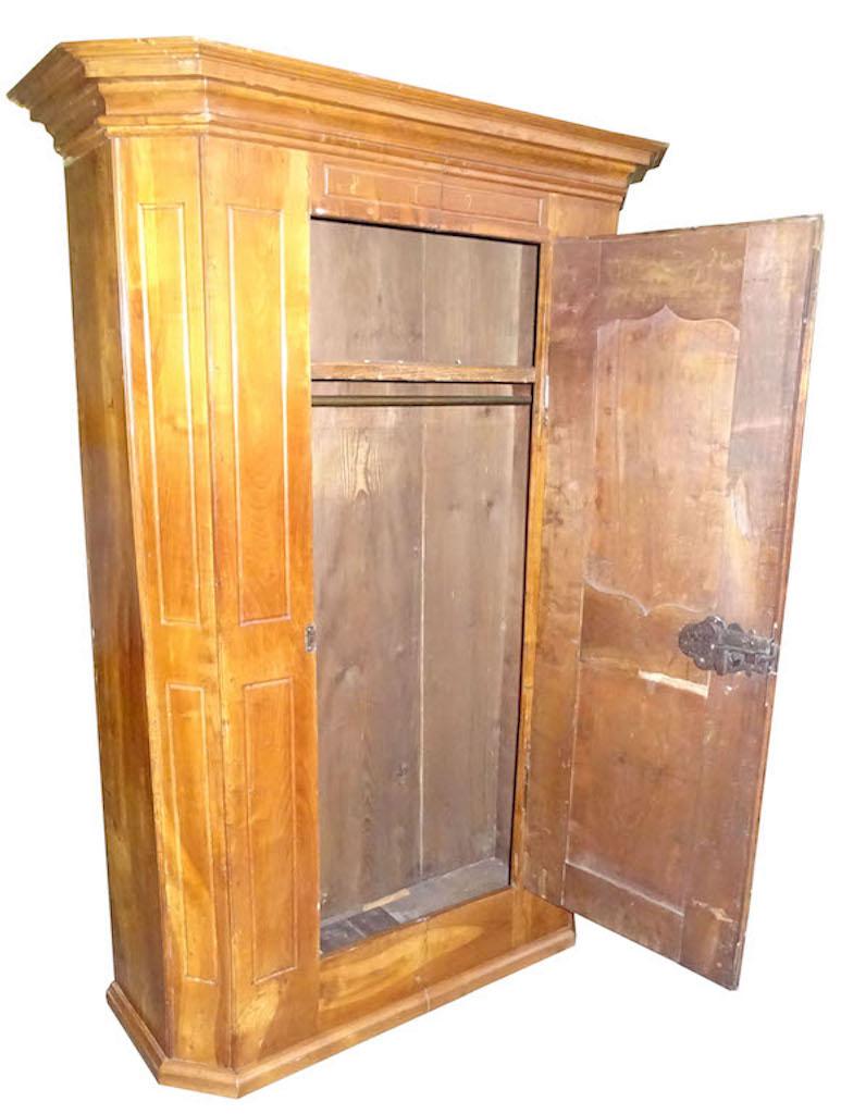 Verkauft: Prächtiger Basler Barock - Schrank, datiert 1790 ...