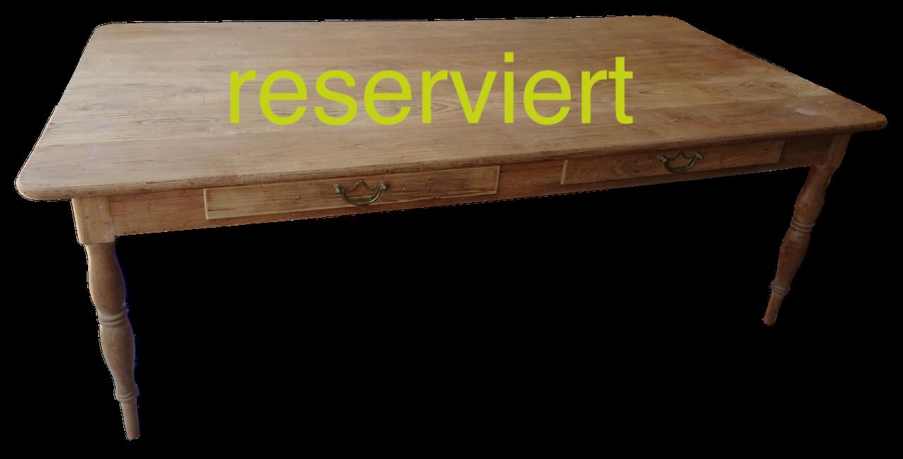 ... Tisch 142 Eiche Aug18A Reserviert