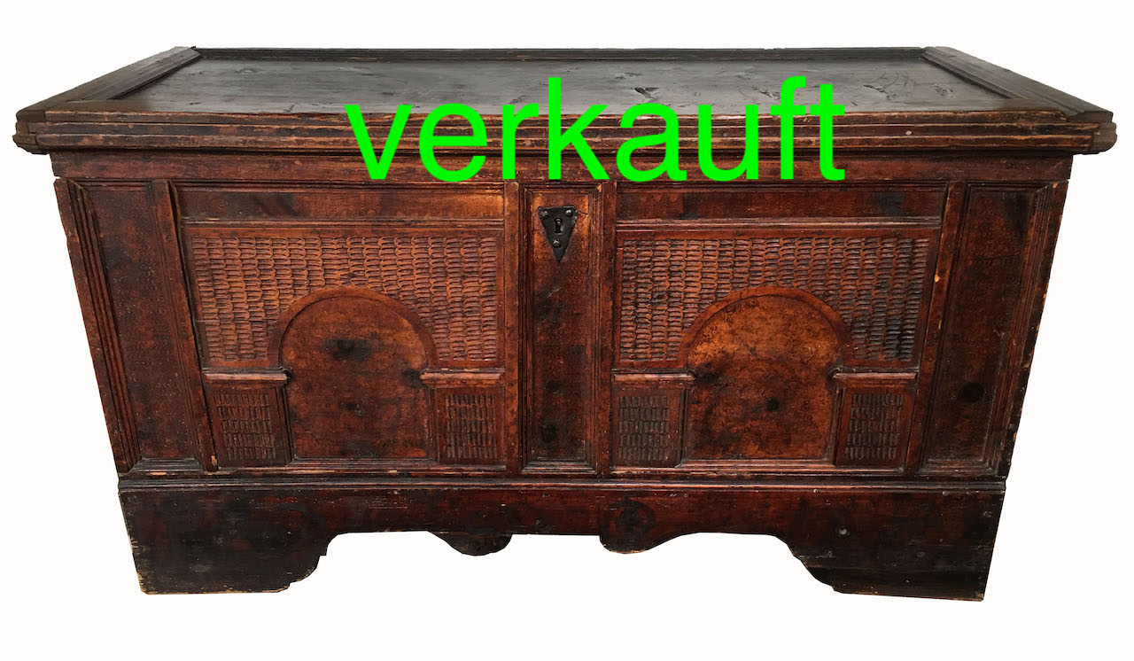 Truhen Edeltrödel Antike Möbel