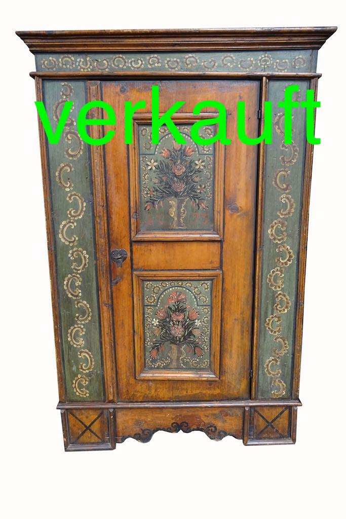Verkauft Sehr Herziger Barock Schrank Aus Dem Calancatal Graubunden Edeltrodel Antike Mobel